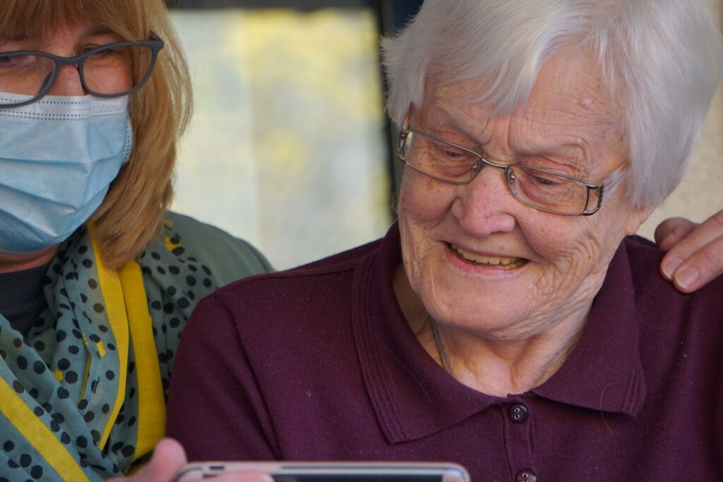 Adult foster homes in Oregon care for about 6,400 seniors.